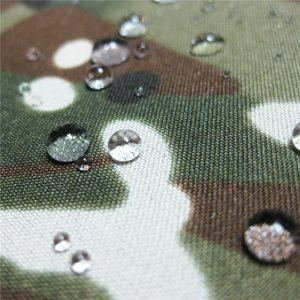 Teflon 100% poliéster tecido impermeável ao ar livre militar camuflagem tecido jaqueta de chuva
